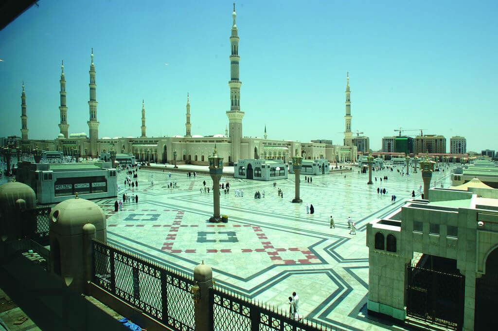 Ramadan First Ashra Umrah Package 4 Star Hotel 2021